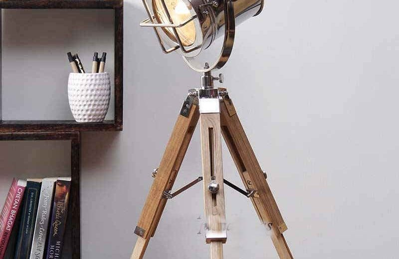 Nauticle Spot light with Tripod